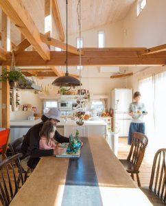 近江八幡の住宅工房ライブスの明るい家